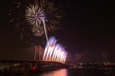 Tilikum Fireworks